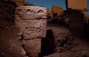 The Vulture Stone of Gobekli Tepe: Pillar 43 Decoded | Ancient Architects